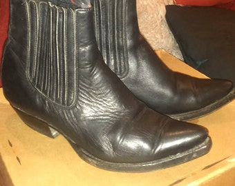 Western cowboy Mexicana boots leather