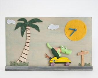 wall clock,wooden clock,decor,nursery