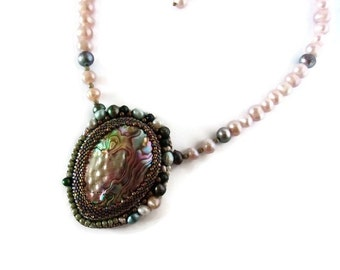 Pearls of Culture and Abalone Embroidered necklace , Mother-of-pearl Necklace , Necklace for bride