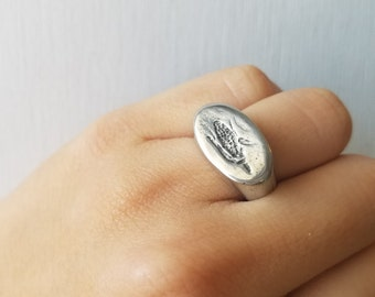 Corn signet ring (Maize)