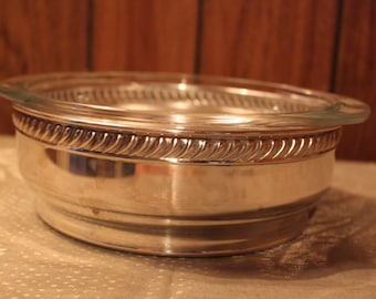 Silverplate Casserole Cover Pyrex Dish Vintage 1960's Serving Dish Dining Entertaining English Silverplate Baking Dish - Kit0394
