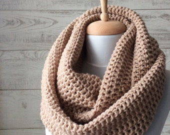 Scarf, infinity scarf, mens scarf, knit scarf, women scarf, circle scarf, chunky scarf Many Colors FREE SHIPPING