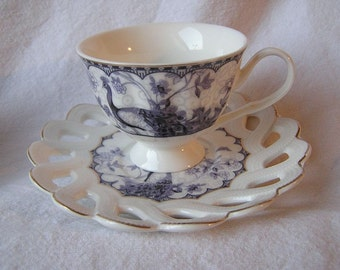80s Noble two cup set / Mocha cups / Gilded edge / MK London