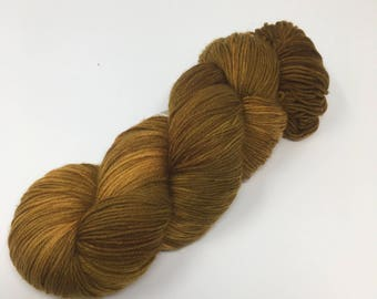 Sired Indie Dyed Yarn on Merino cashmere Nylon MCN brown gold brass