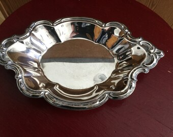 WAKEFIELD SILVERPLATE  Candy Dish  / Nut Dish