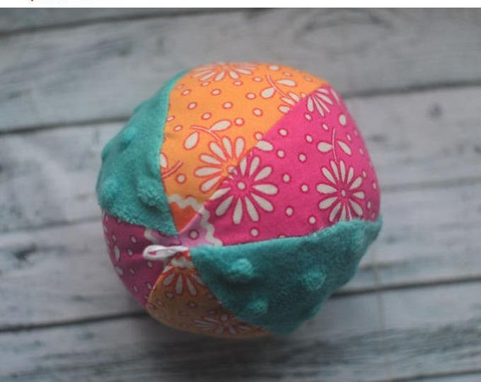 Organic baby ball beach organic ball organic toy handmade plush ball cloth kids ball stuffed bouncy ball colorful ball cloth ball soft ball