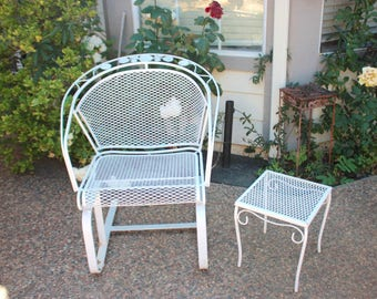 Vintage Woodard Patio Set, Chair And A Sidetable, Floral Design, Made Of  Wrought