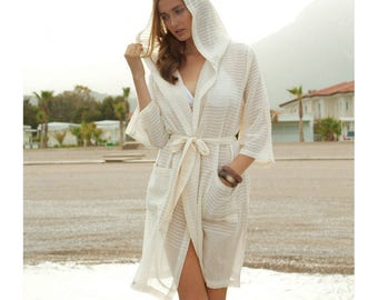 Bathrobe/ beachwear