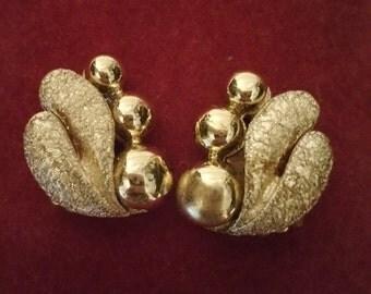 Coro Goldtone Clip On Earings