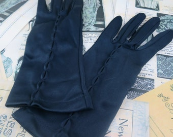 Vintage 1960's Black Dress Gloves- Tucked Detail- Size 6