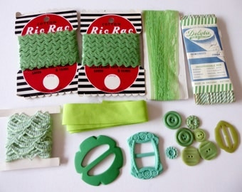 Vintage sewing pack green tones, ric rac, bias binding, seam binding lace, ribbon, buttons, buckles, destash