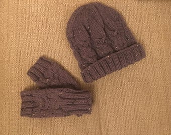 Ladies Owl Hat and Glove Set