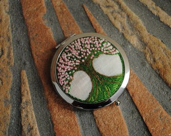 The tree compact purse mirror, hand embroidered on linen cloth.