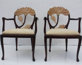 Italian Hollywood Regency Carved  Wood Flowers-Shape Back Accent Dining Chairs A Pair .
