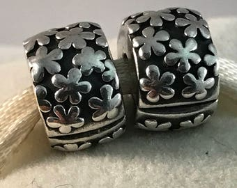 Pandora Daisy Flower Clip Set