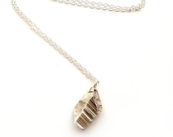 Ore Necklace - Nature Outdoors Rock Crystal Stone Forest Woods Boho