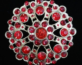 Gorgeous red and gold vintage brooch pin
