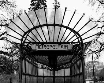 Paris Photo, Paris Metro, Paris Vintage Photo, Black & White Paris Photo