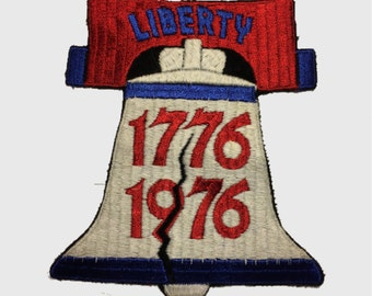 Extra Large Bicentennial Patch - 1776-1976 - 41 year old Antique