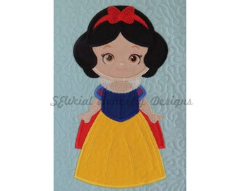 "Cute Princess as Sleeping Beauty applique machine embroidery design- 3 sizes 4x4"", 5x7"", 6x10"""