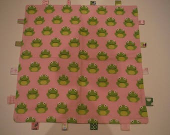 Frog Taggy Blanket