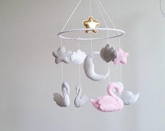 Baby crib mobile, swan mobile, nursery mobile, baby kit mobile, baby mobile, mobile handing