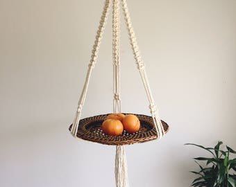 Macrame basket hanging, fiber art fruit basket
