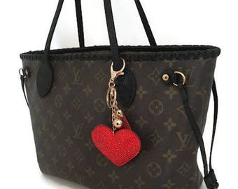 Authentic Louis Vuitton Neverfull Tote Bag. Dyed Black, sealed & top laced, ~Date Code in bag. Can do in PM or MM bag