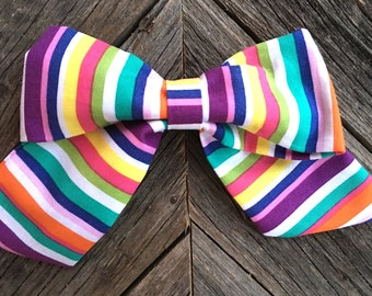 Bright striped bow!