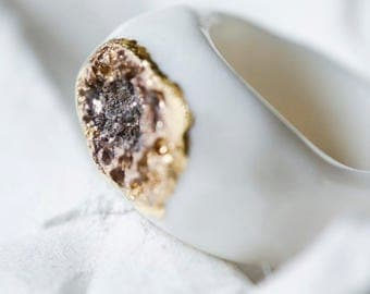 Ceramic band ring, porcelain jewellery, modern ring, gold statement ring, porcelain signet ring, solid gold ring, oval ring, seal ring
