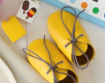 New Baby yellow leather booties Newborn, infant, toddler soft shoes Baby girl and baby boy moccasins