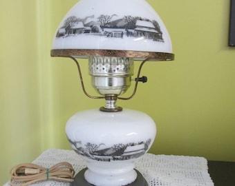 Vintage Currier & Ives lamp / Vintage Swig Currier Ives