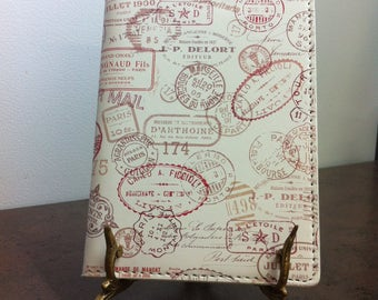 Vintage Passport Wallet -  White Faux Leather Holder - Passport Cover - Gift for the Traveller - Bon Voyage