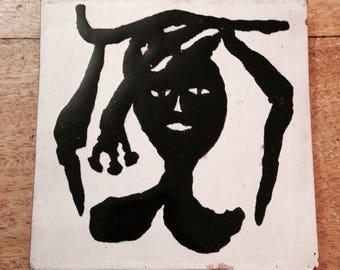 Reservé pour Mark - Carreau de céramique années 50, art déco, décor éthnique, noir et blanc, dessous de plat/ ceramic tile, french