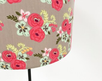 Country garden floral lampshade in pink