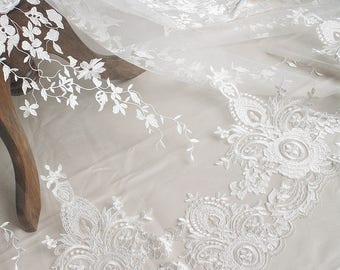 TheFabriqBoutique - Alencon Lace Scalloped Edge White Lace Peony Motif Wedding Lace