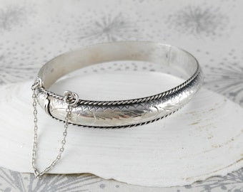 Vintage Silver Bangle - Classic Silver Bangle - Gift for Her Woman - Anniversary Gift - Bangle with Safety Chain