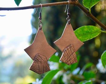 Earrings bronze rose, pendulous, metal block