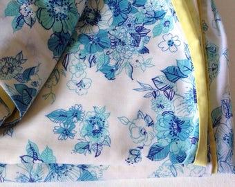 1970's duvet cover, boho blue floral print vintage bedding with hexagon patchwork patch, pretty vintage single duvet cover