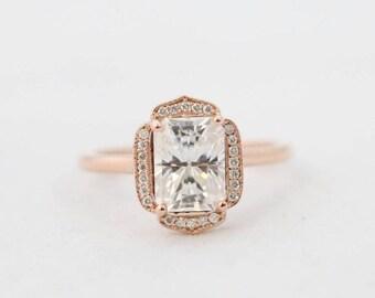 Emerald Halo, Halo Engagement Ring, Engagement Ring, Wedding Ring, Bridal Ring, Diamond Ring, Moissanite Ring, Gold Ring