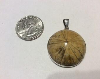 Vintage sterling silver fossil sand dollar pendant badn
