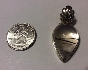 Vintage sterling silver rutilated quartz pendant badn