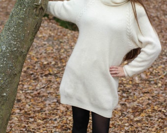 Vintage sweater dress by INCOGNITO The 80's