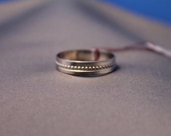 Dot Pattern Ring