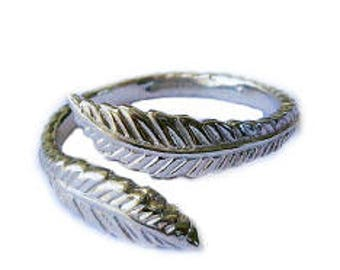 Sterling Silver Feather Adjustable Toe Ring - One Size Fits All