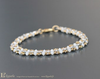 Gold-plated bracelet end white and gold pearls Swarovski Elements pearls to two holes rockeries tops and silver clasp gold filled carabiner