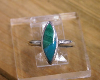 Delicate Malachite and Turquoise Sterling Silver Inlay Ring size 8.25