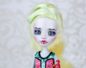 OOAK repainted Monster High Laguna Blue (mascarade series)