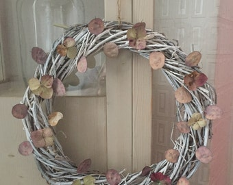 Large twisted white wreath with hydrangea petals and lunaria pods size 36cm