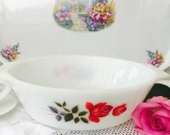 Pretty Vintage 1960s JAJ Pyrex June Rose Casserole Dish